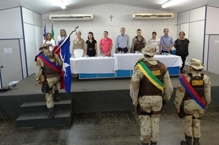 A Companhia Independente de Policiamento Especializado do Cerrado (CIPE-Cerrado), realizou o hasteamento das bandeiras.