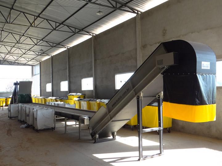 Com_o_apoio_da_SETRE,_foram_adquiridos_todos_os_equipament  os da Central de Triagem e em breve a prefeitura iniciará o_funcionamento.