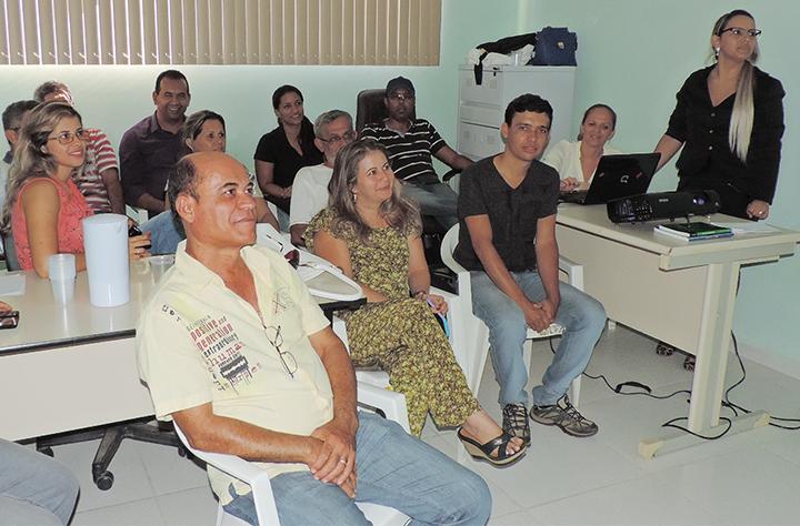 Participantes da reunião em Tabocas do Brejo Velho