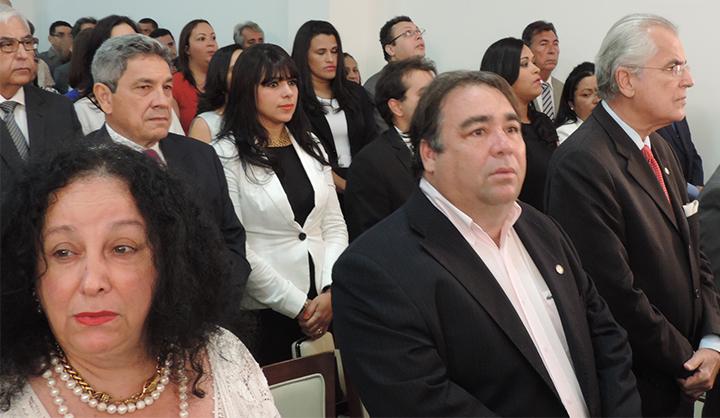 Prefeitos de toda região marcaram presença na cerimônia