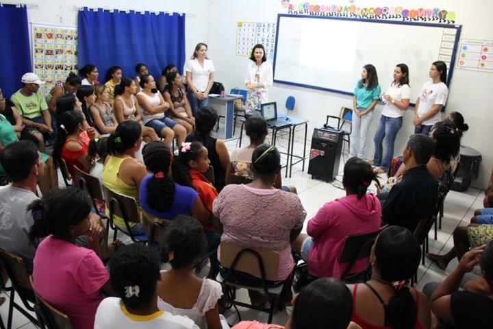 Encontro Entre Nós realizado na Escola Municipal Zilda Arns texto