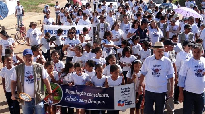 Ação contra a Dengue percorreu ruas e avenidas do Santa Cruz nesta quinta-feiratexto