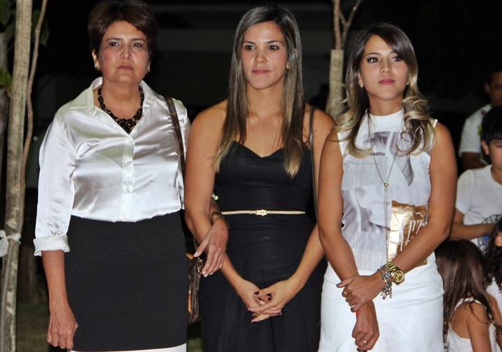 A viúva Niedja Negrão e as filhas, a advogada Ananda Negrão Nunes e a arquiteta Jessica Negrão Nunes